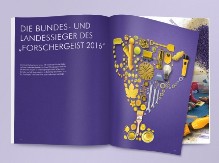 Doppelseite Siegerprojekte Forschergeist 2016 Polygraph Design Berlin Illustration Collage Broschüre Report Layout Editorial